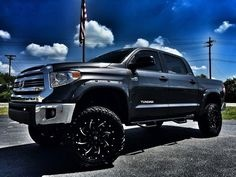 28 best lifted tundra images on pinterest lifted tundra cars and