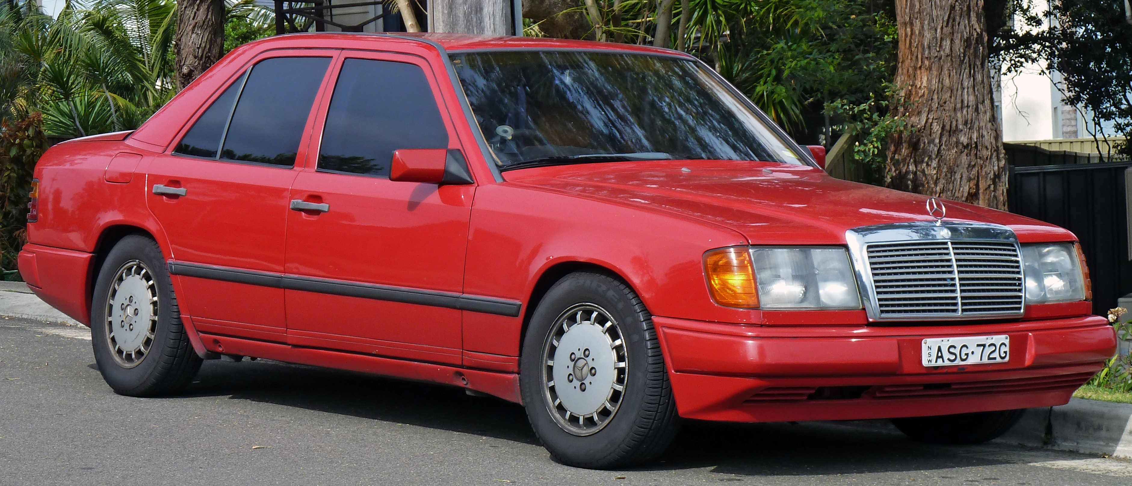 Mercedes Benz W124 Modified Fresh File1986 1989 Mercedes Benz W124 Sedan 01 Wikimedia Commons-1277 Of Luxury Mercedes Benz W124 Modified