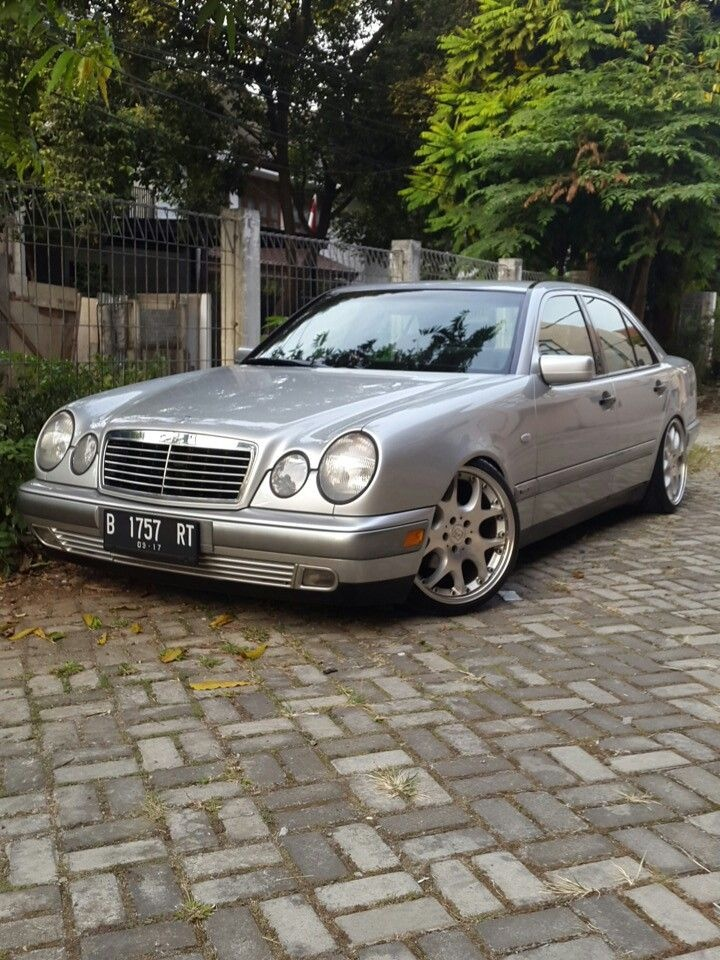 Mercedes E230 Modified New Mercedes Benz W210 E230 Classic Brabus 19 Stance Car Jakarta-1697 Of Elegant Mercedes E230 Modified