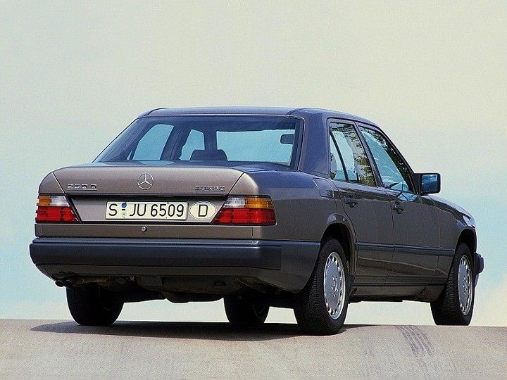 mercedes w124 1985 1992 e230 220 childhood car c c a r s