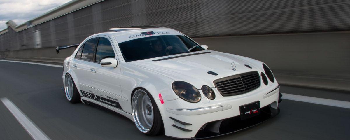 Mercedes W211 Modified Elegant toshiki Omuras W211 Mercedes Benz Auto Mercedes Benz Mercedes-1619-1619